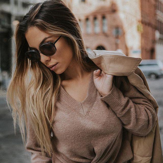 @briana_holm for @thefhone NYC 🔥 • • • • • • #nycphotos #liveagreatstory #eyewearstyle #independenteyewear #igportrait #nycphotographers #desert #california #photoeditorial #thefhone #eyewearfashion #travelnoire #fhone #travellover #l0tsabraids #folkportrait #pursuitofportraits #postthepeople #lookslikefilm #photolife #lifestyleshots #westpalmbeachphotographer #jupiterphotographer