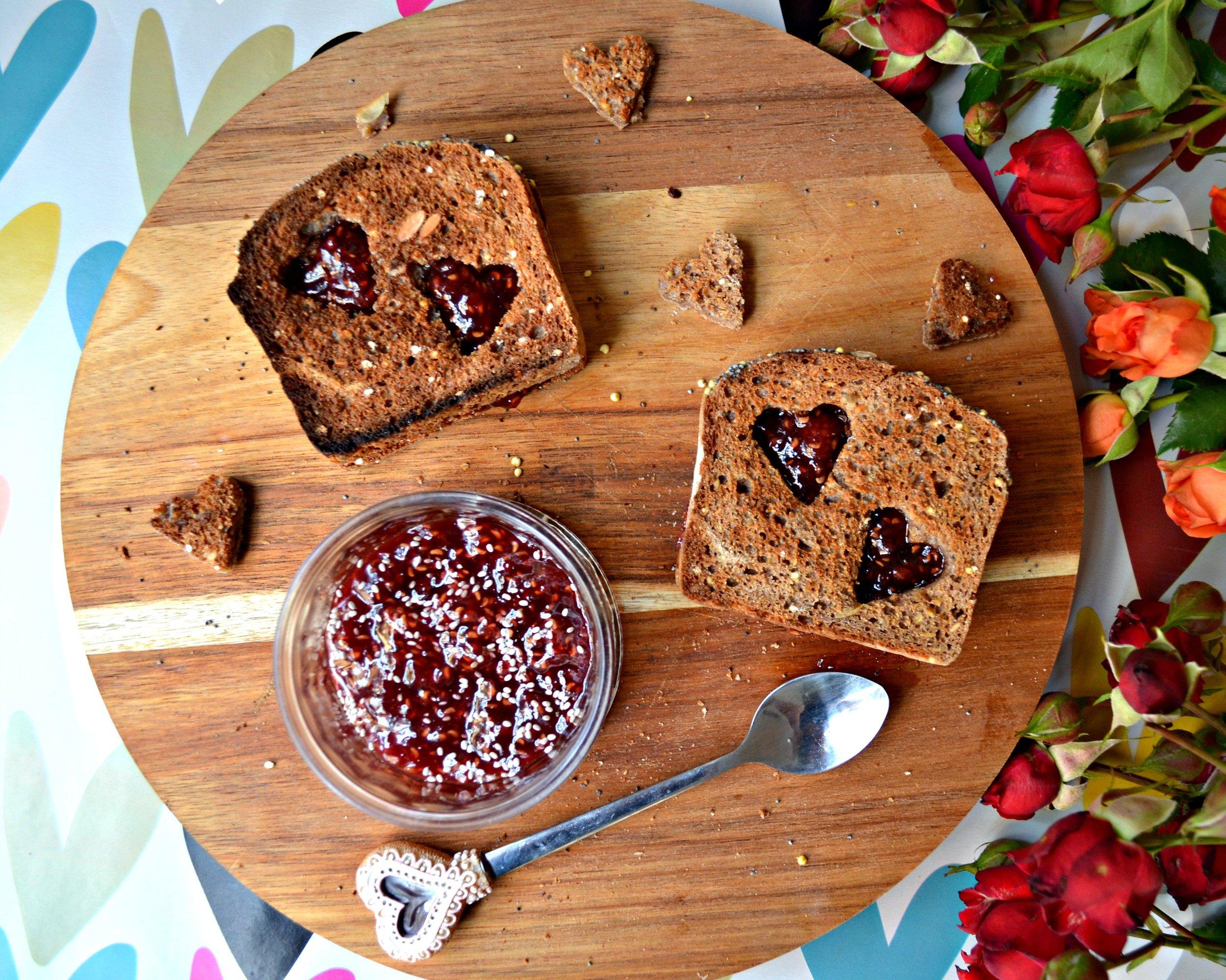 yeast free bread | The Flourishing Pantry | yeast free diet blog