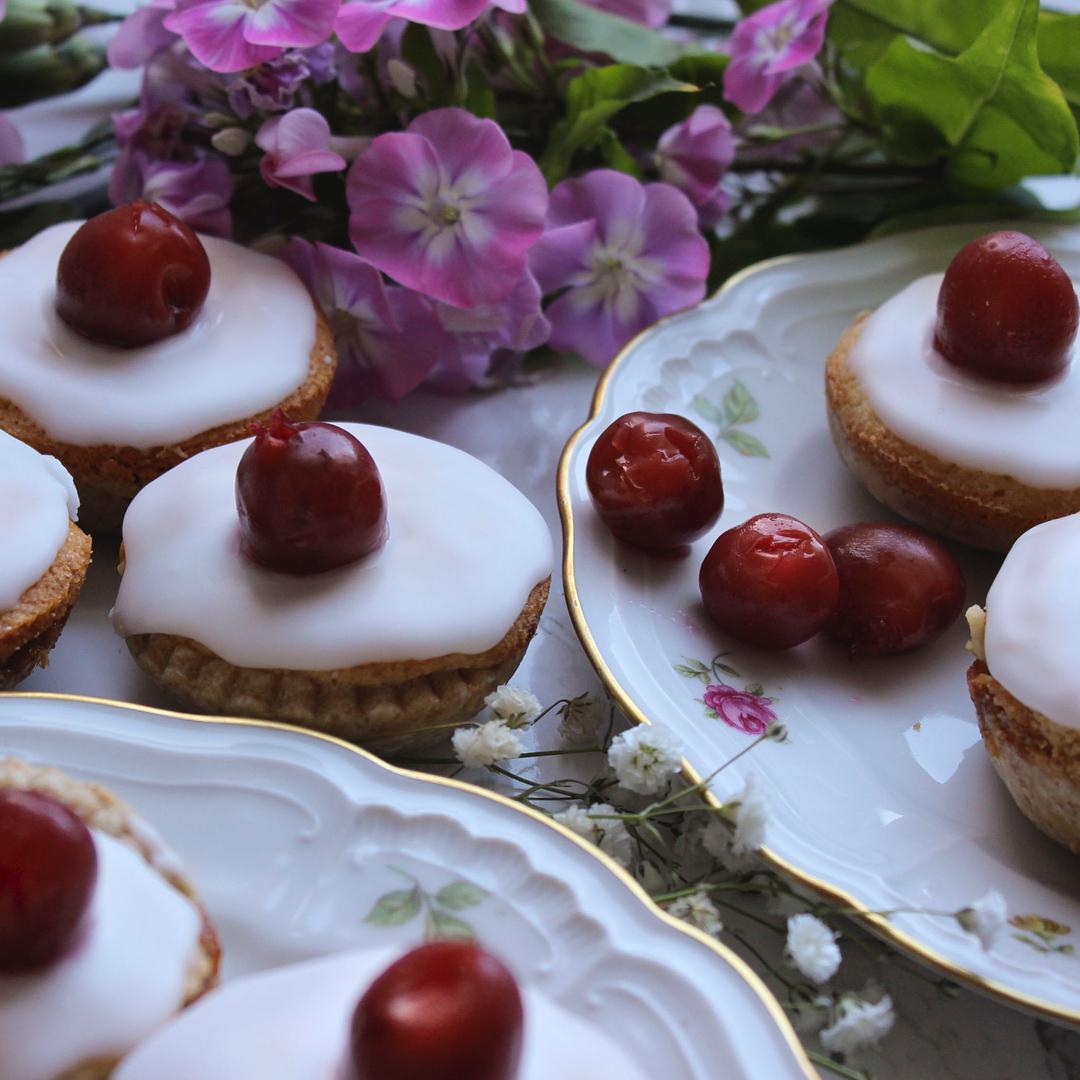 Caroline's beautiful cherry bakewells from her  Instagram account Suppersinseason
