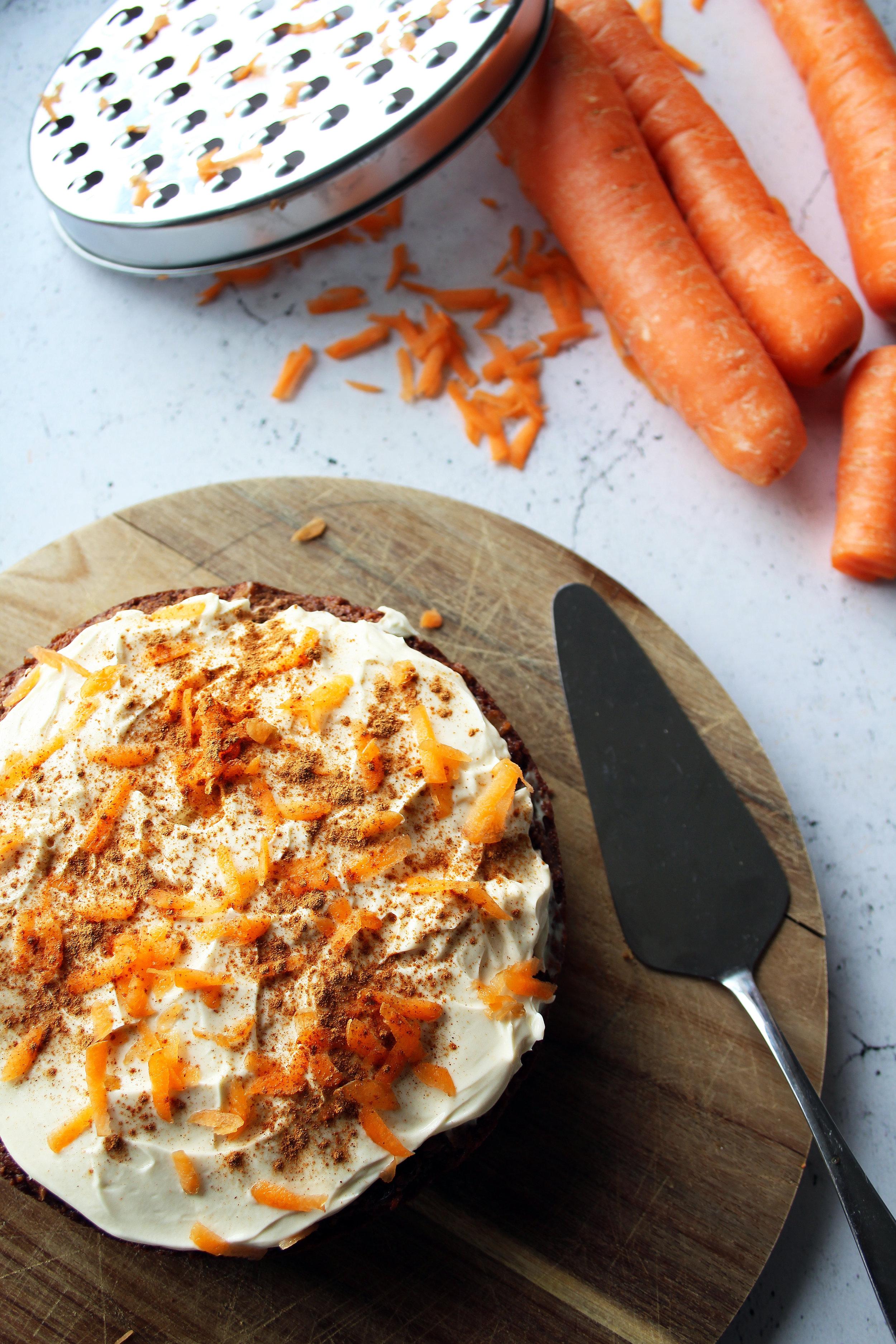 Healthy carrot cake recipe | The Flourishing Pantry