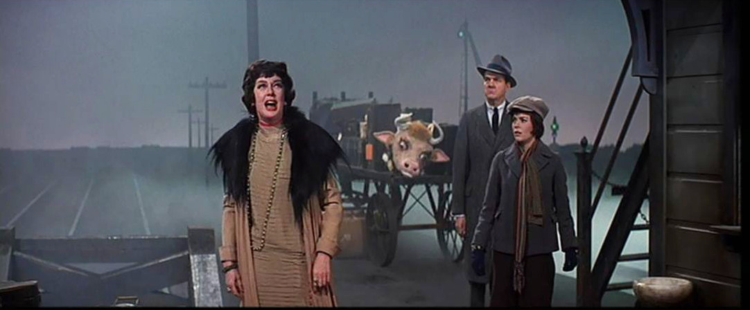 Rosalind-Russell-Rosalind-Russell-Karl-Malden-Gypsy-1962 (5).JPG