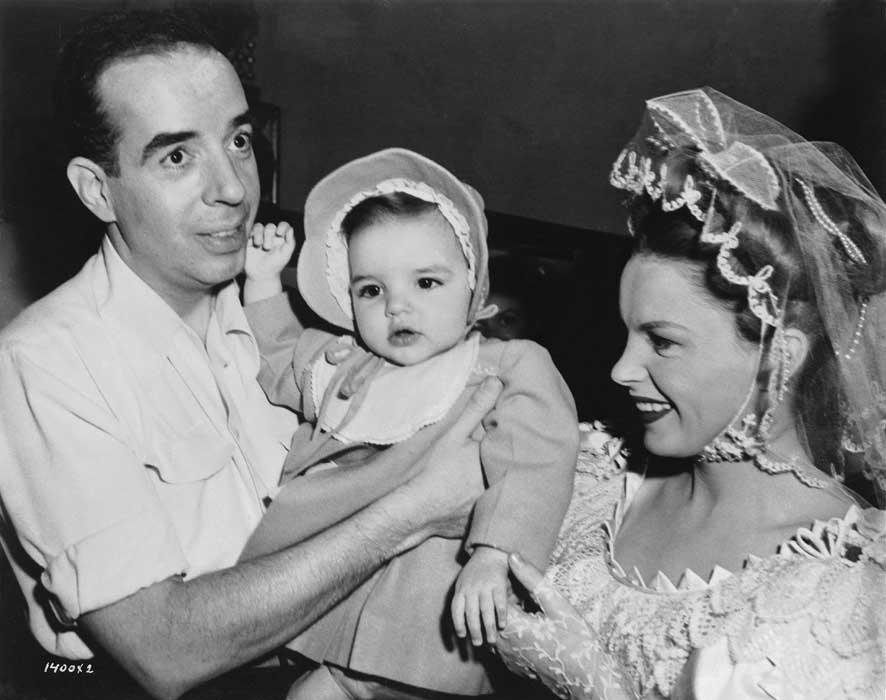 006-judy-garland-and-vincente-minnelli-theredlist.jpg