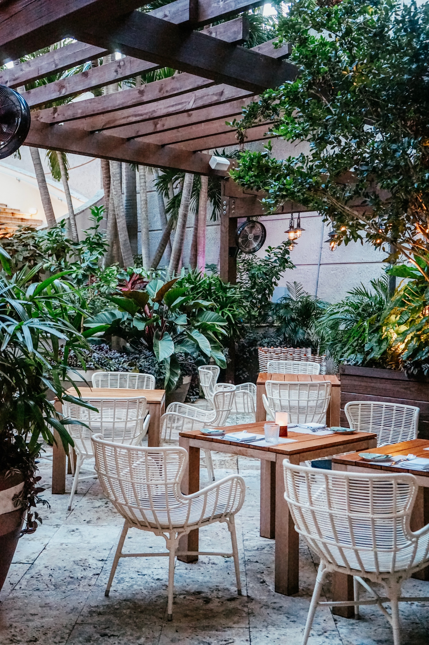 Isabelle's Grill Room + Garden, Coconut Grove