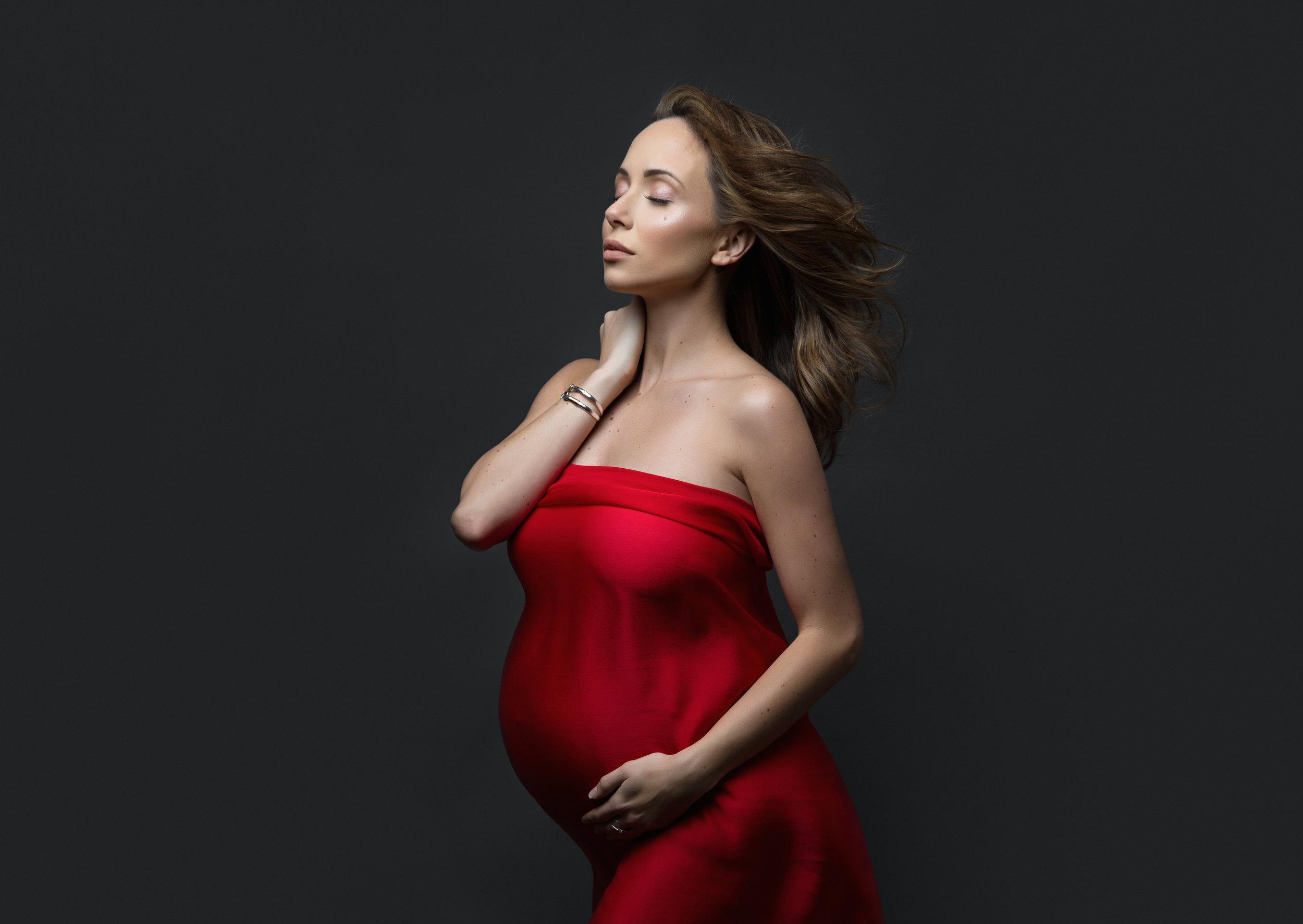 NYC pregnancy studio photography
