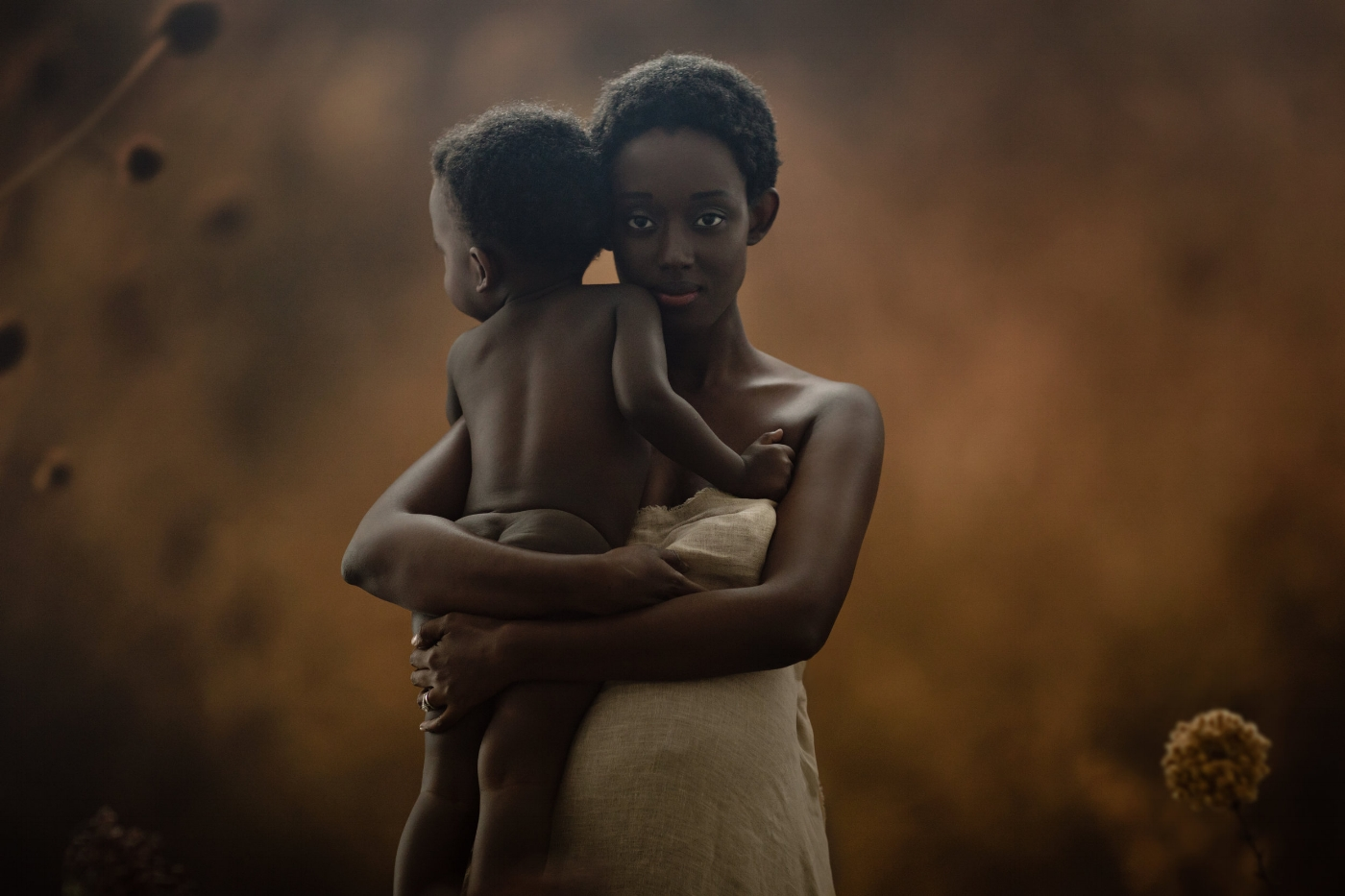 Motherhood Photography in NYC. Fine-art portraits capturing the beauty of motherhood.