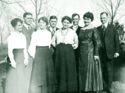 Children of Curtis Wright, 1918; from left to right: Nira, Nathaniel, Anne Matilda Hench, William, Bessie Briggs, Robert, Marian Powers, and Curtis, Jr.