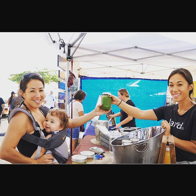 Mahalo to everyone who came out to the market today, I sold out by 10am 😱 (sorry to everyone who came by after selling out)! This is a bitter sweet Saturday as I'll be phasing out of the farmers markets to focus on the cafe...the Jar'd booth will still be in operation at the Pearlridge Farmers Market on Saturday's from 8am-12pm and will be run by Lauren :) ....a few things to note: #1 we are switching to a new POS system which means a new loyalty program (yay!)...so if you already have a loyalty card we will still honor it and once our new POS system arrives you will be able to sign up for our new program then. #2 pickup orders MUST be in by 9am on Friday morning for market pickups (DM or email us) #3 bottle return discount will be on hold until we are able to nail down a new sanitation process (so PLEASE please please recycle or reuse your bottles and keep our aina clean and beautiful 🙂🙏🏼). Mahalo and see you soon in Haleiwa 💚