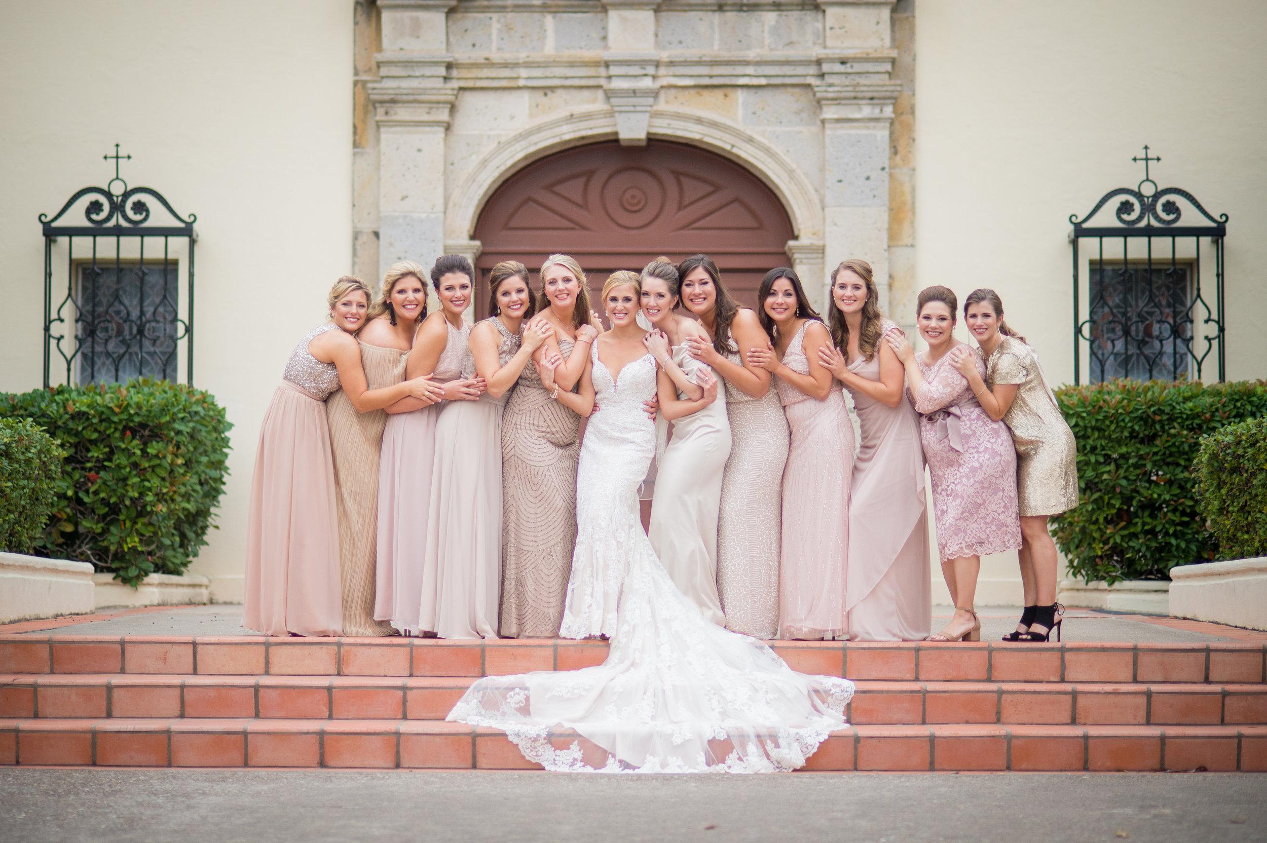 Neutral Bridesmaid dresses l www.avenueievents.com.jpg