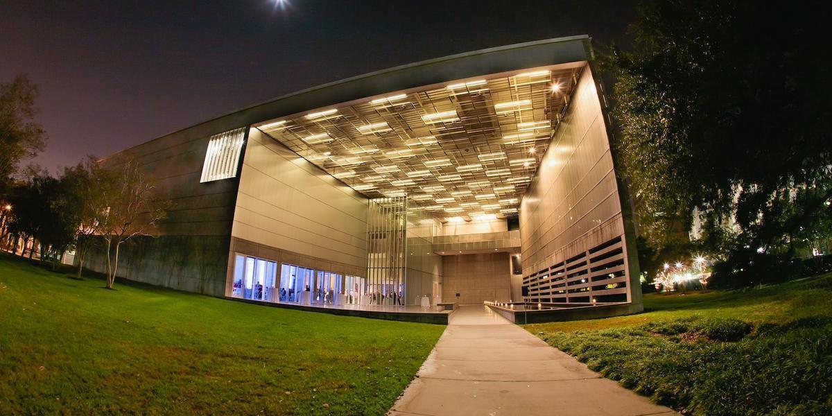Capitol-Park-Museum-Wedding-Baton-Rouge-LA-12.1476261335.jpg