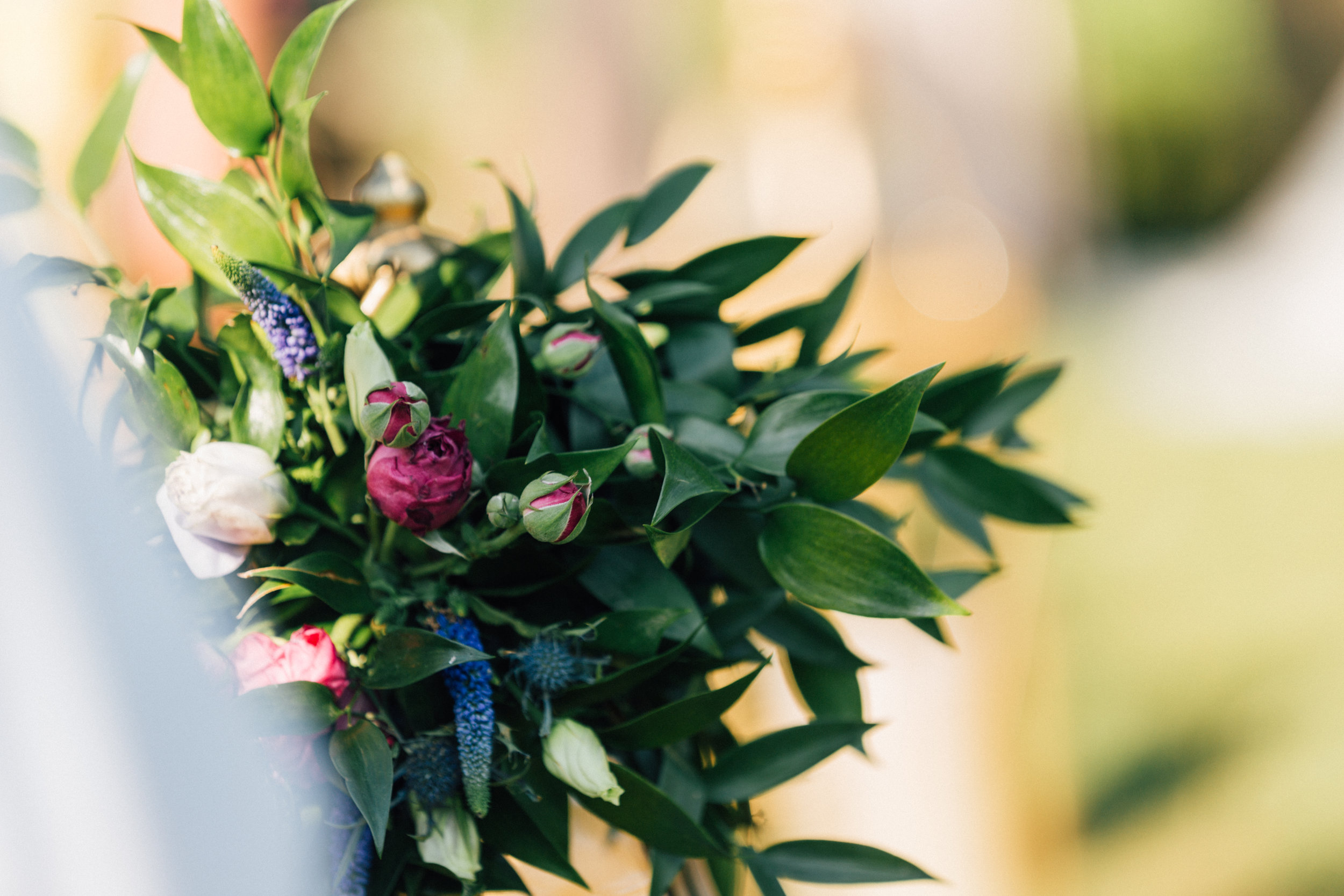 Photography by Wild Wonder Photography, Floral by Hummingbird Floral Studio