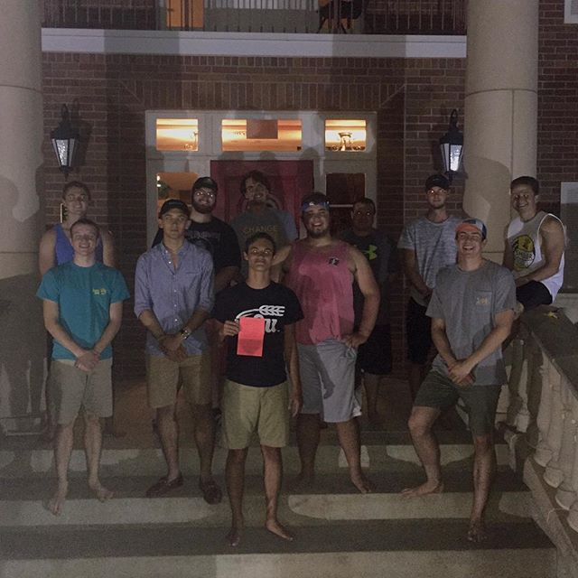 Congrats to our newest signee Drew🤙🏼 welcome to the brotherhood! #vdbl