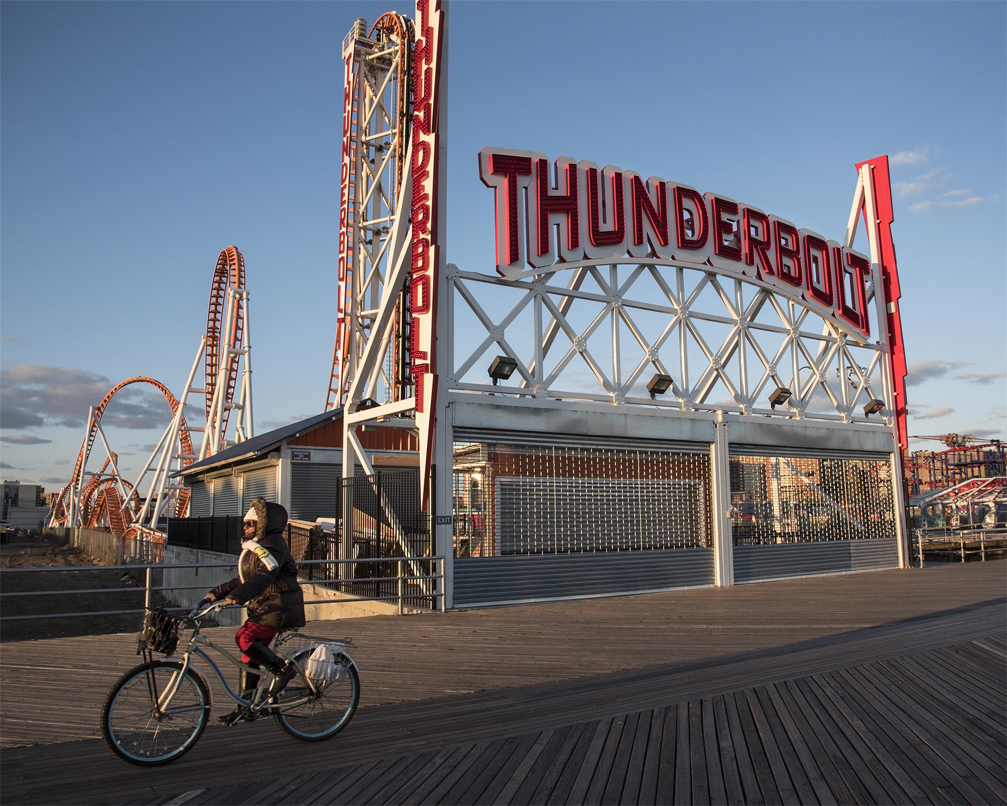 Thunderbolt_LGP_2087_WEB.jpg