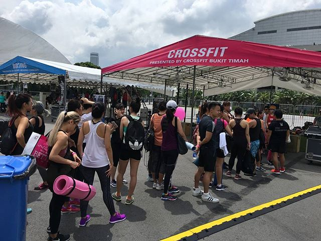 2 more public WOD left @fitnessfestsg. What are you waiting for? . Come on down now! . #WeAreOneCFBT #intheopen #cfbt #crossfitbukittimah #crossfitsg #crossfit #crossfitcommunity #welcometothejungle #fitness #run #singapore #sg #sgfitness #running #wod #outdoortraining #saturday #ufitbootcamps #ufit #outdoorfitness #ufitsingapore #sgbootcamps #metcon #crossfit #conditioning #fitness #tribe #jungle #unboxcrossfitbukittimah
