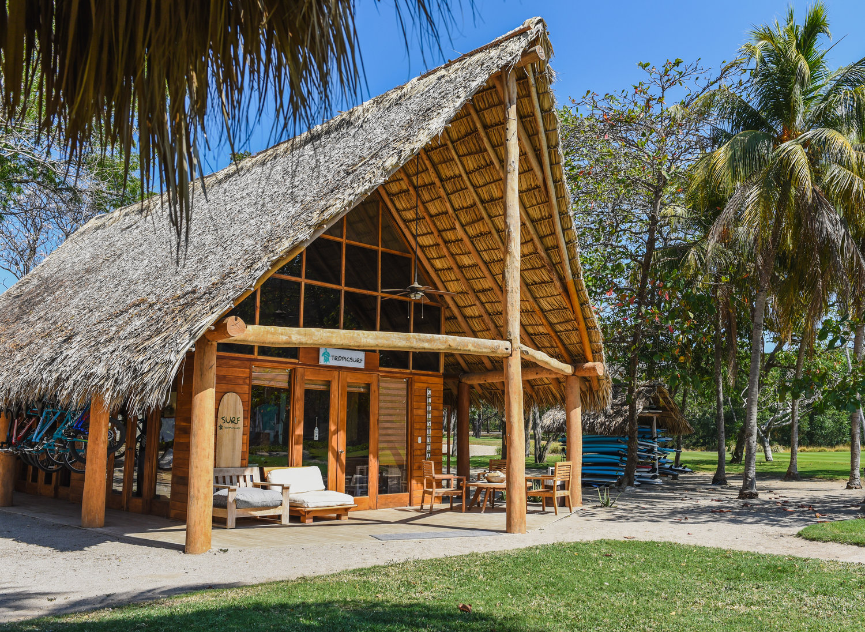 tropicsurf-shack-mukul-nicaragua.jpeg