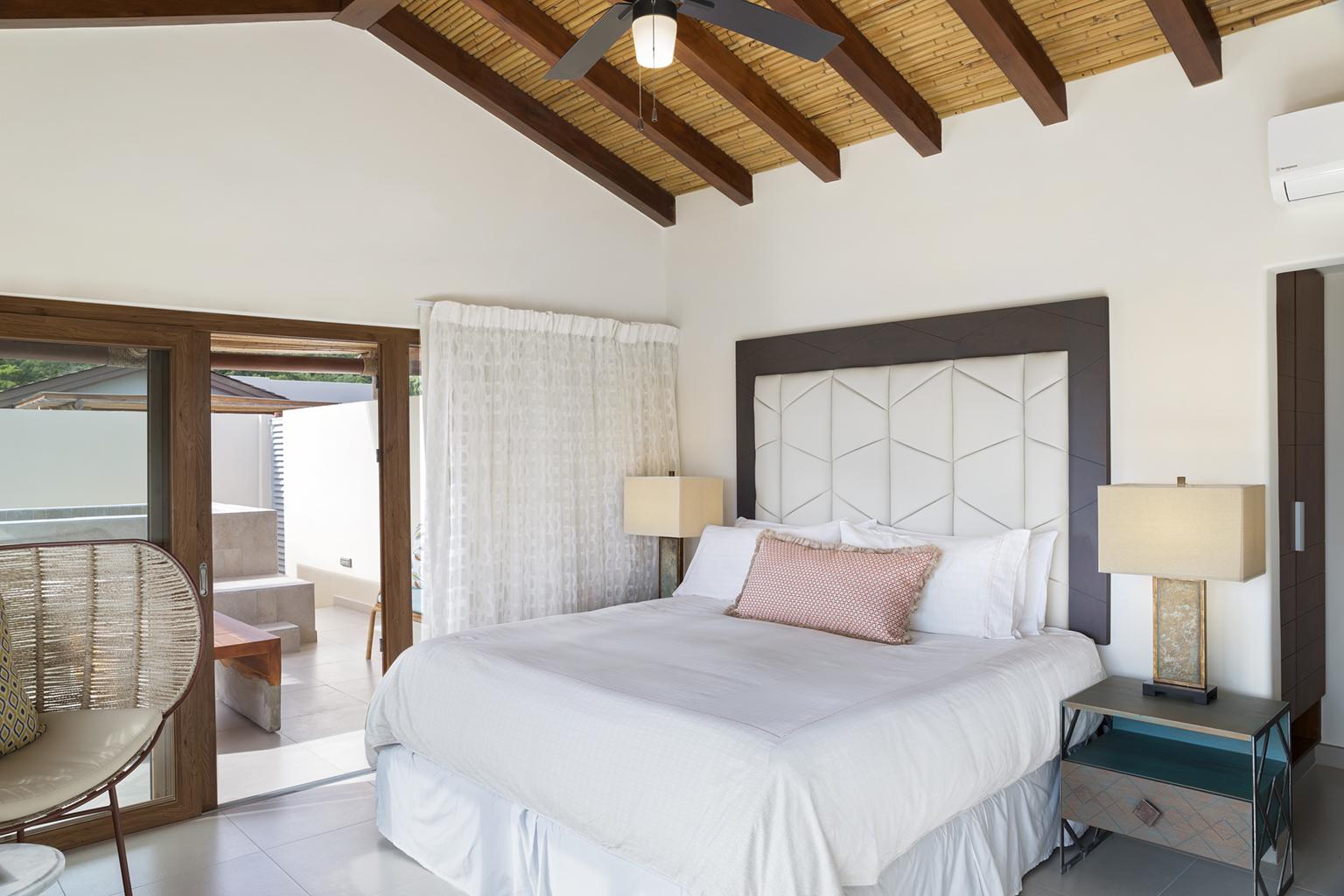 Las_Terrazas_H5_Master_Bed_Upper_CC.jpg