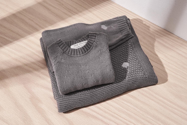 Gift Set in Cumulus Grey 1.jpg