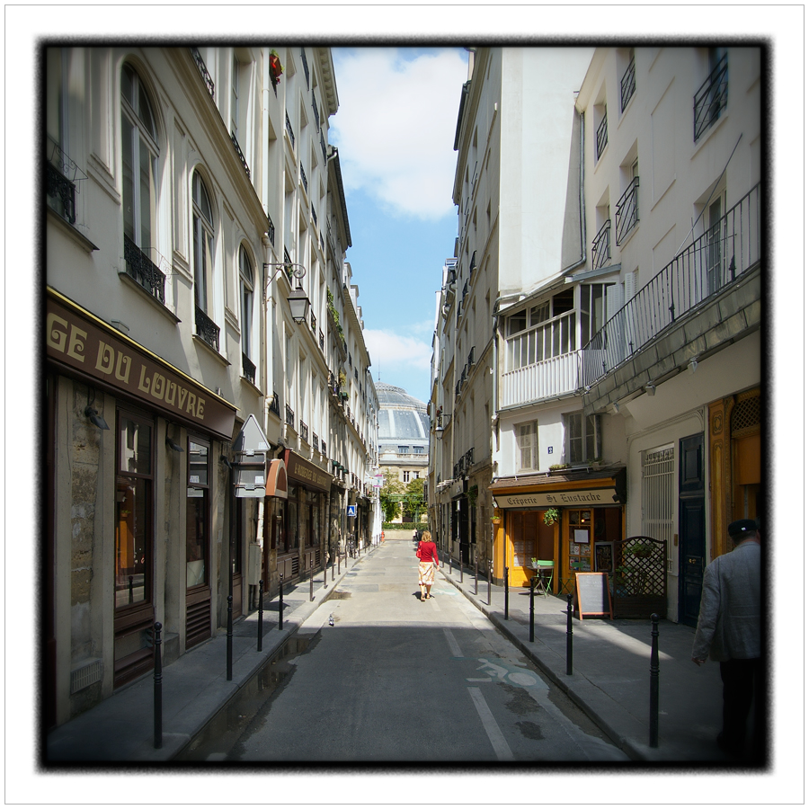 in perspective / Paris, France (click to embiggen)
