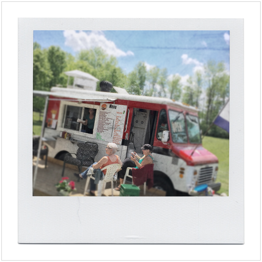 chip truck - got a hot dog here   ~ Chaffey Lock Rd.