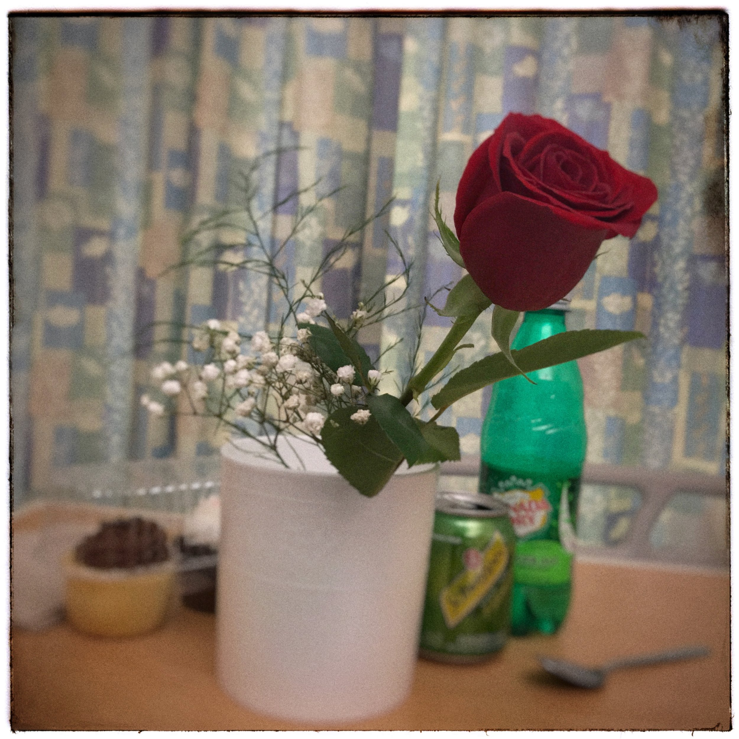 re-gifted rose to me from the wife    • iPhone