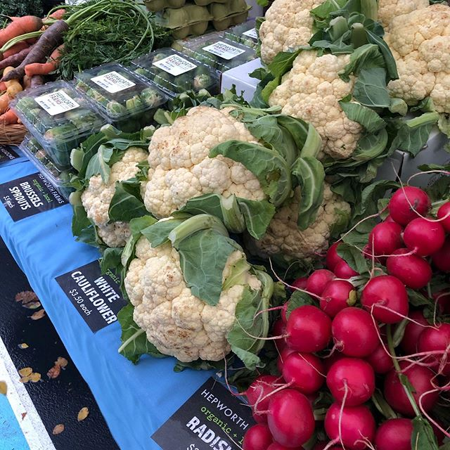 Just a little fresh and local on this breezy Fall morn! 🍎🥬🥔🥕🍠🍁🍂 . . . #farmersmarket #local #seasonal #community #stlukes #westvillage #sustainable #sustainablefarming #betterforyou #schooldining