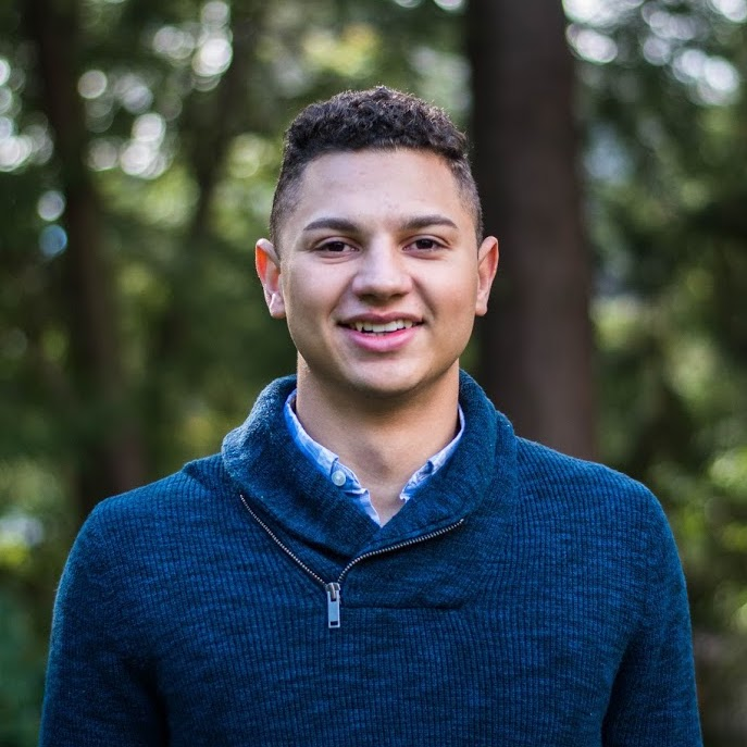 Hunter Sieben - Partnerships   Hunter is a sophomore studying Economics with certificates in Finance, and Statistics & Machine Learning. He is also involved in other e-club initiatives and The Ivy Council.