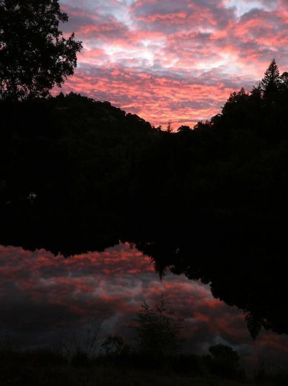 563_BWS_sunrise_phoenix_lake.jpg