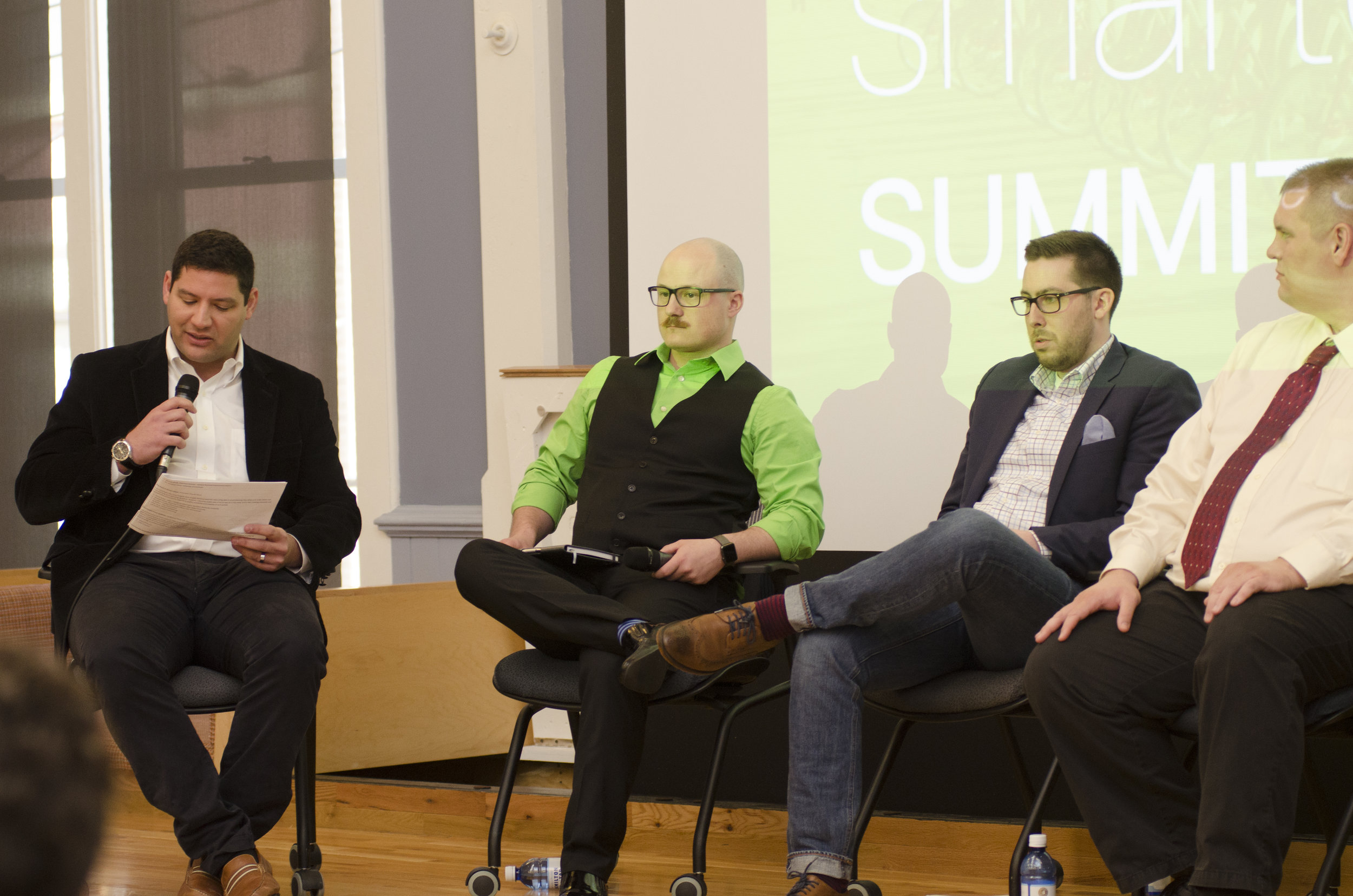 At the Smart Cincy Summit in April, Mitch Kominsky from Venture Smarter hosted panelists to discuss Mobility in Smart Cities. Panelists included D Worthington from Loop Global, Pete Metz from the Cincy Regional Chamber, Dr Jonathan Corey from University of Cincinnati, Lyden Foust from Spatial.ai, and Rhonda Binda from Venture Smarter.