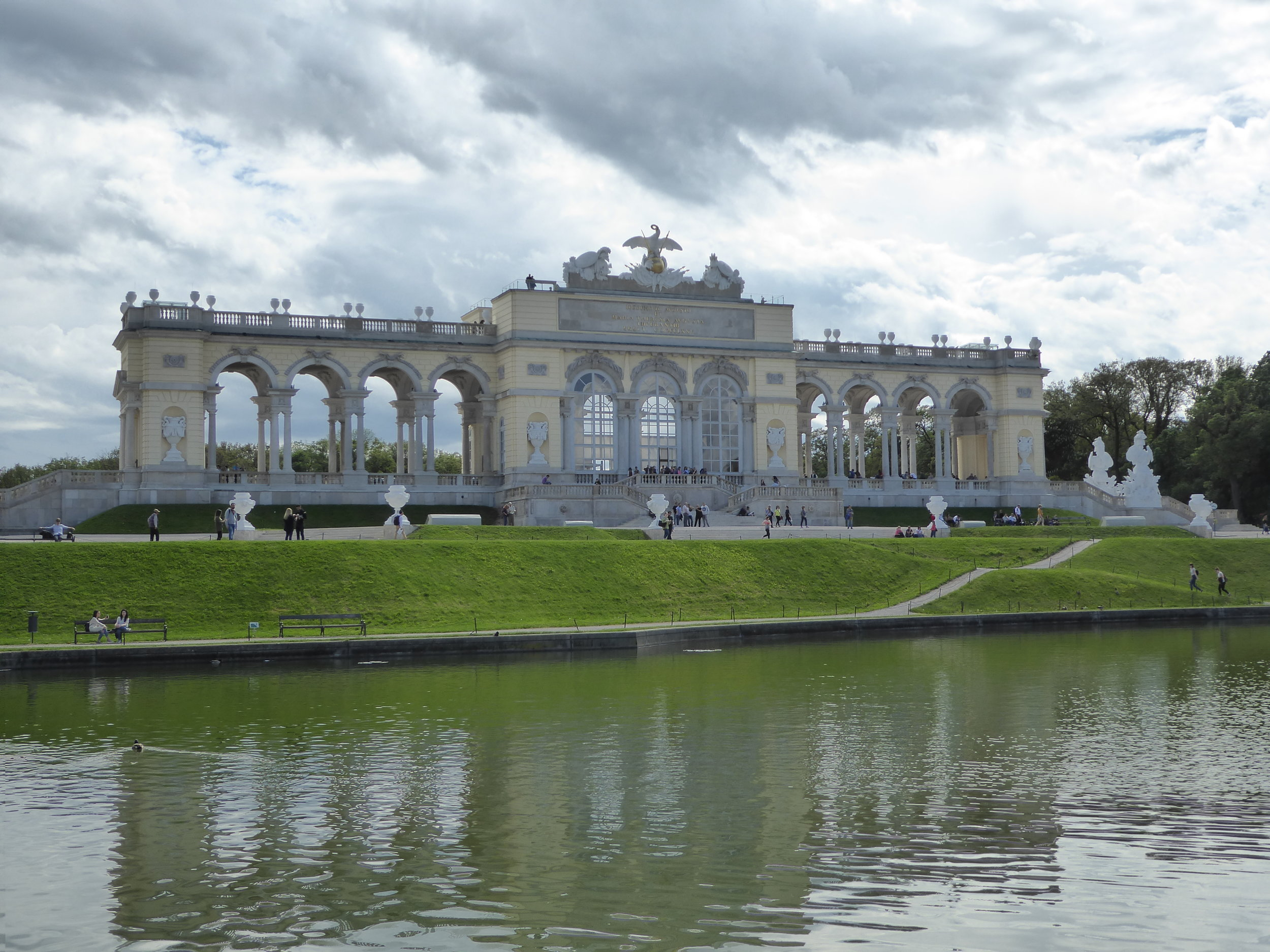 Walking to up the hill in back of Schrönbrunn Palace.
