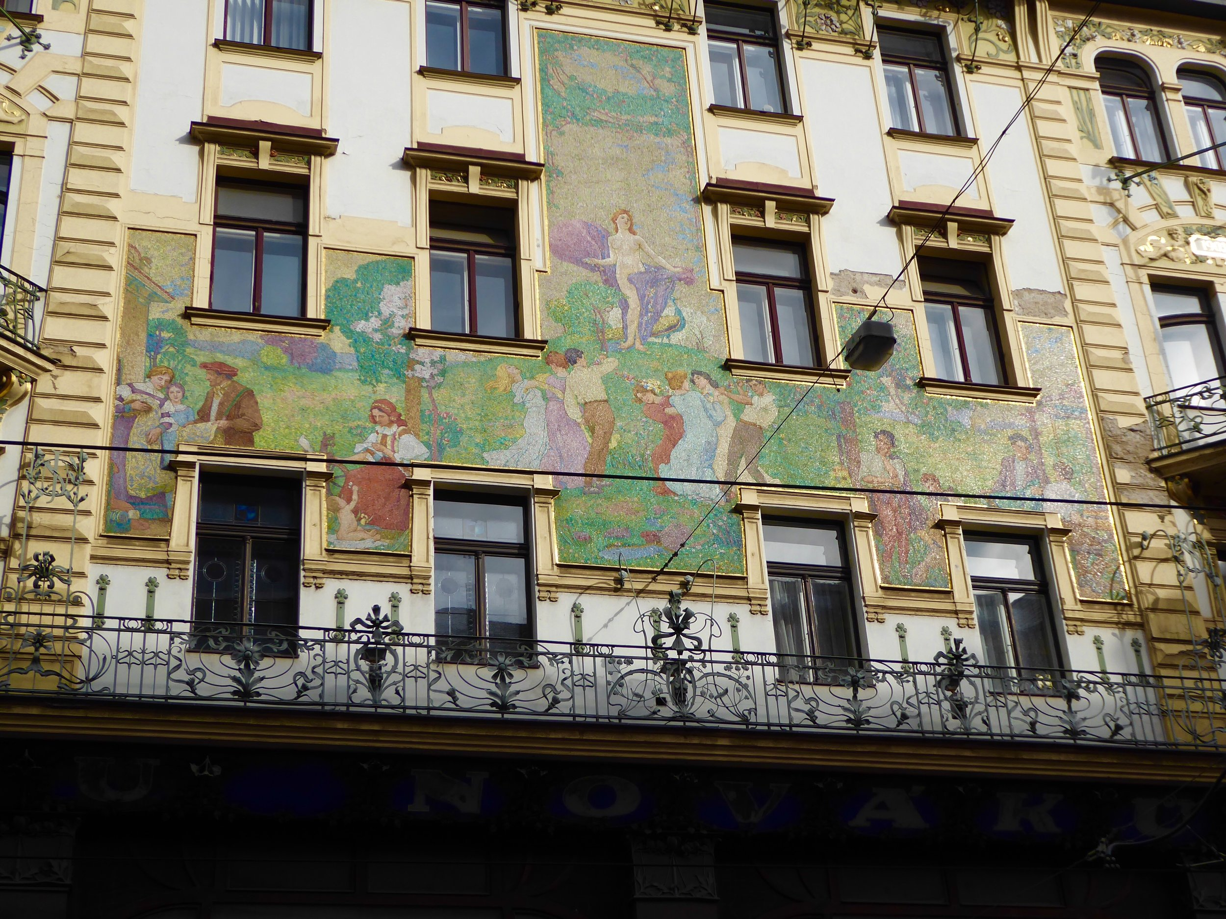 A walk along the river takes us past countless art neuvo buildings.