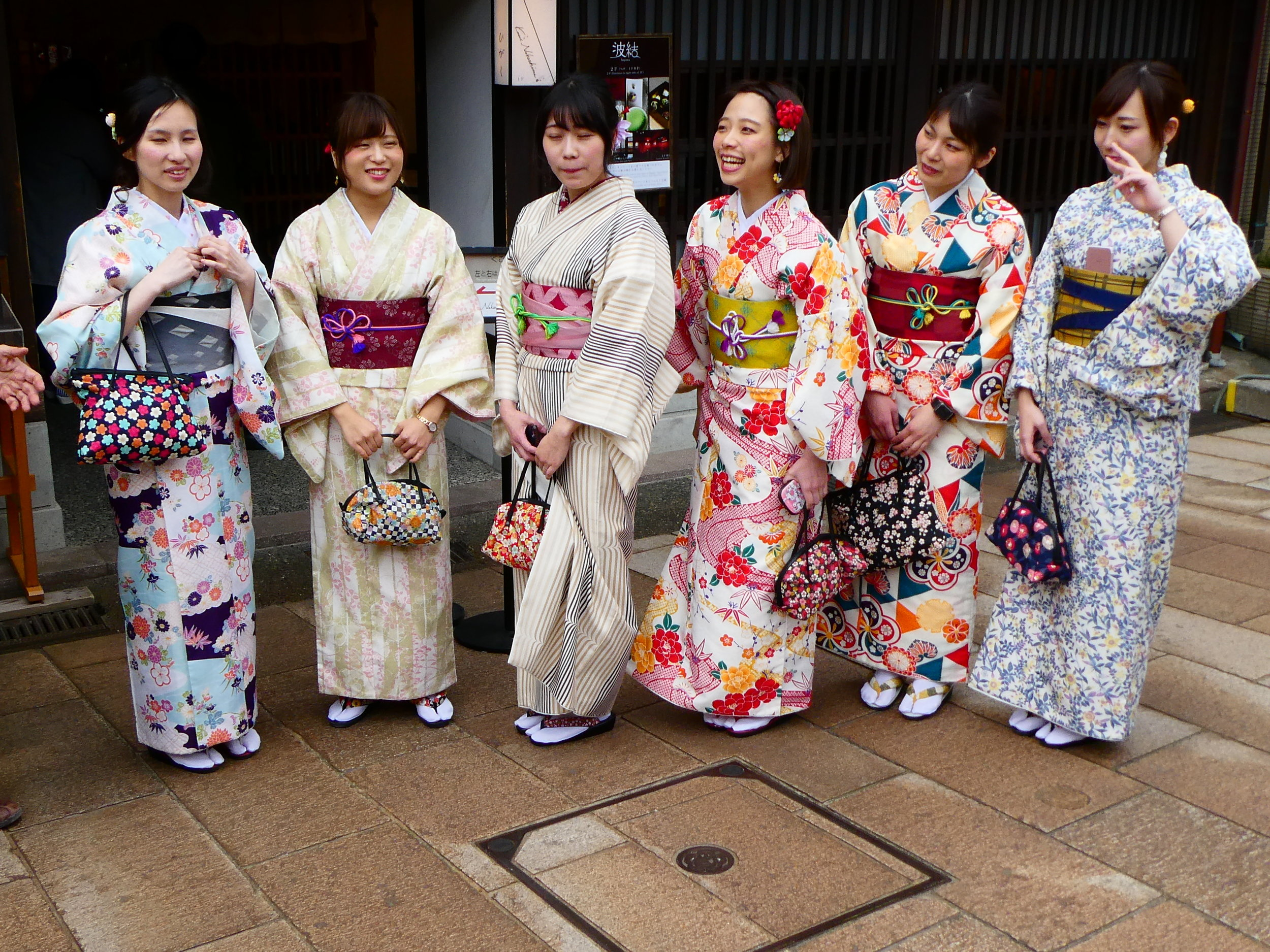 A popular thing to do is to rent kimonos. These young ladies were very willing to pose for tourists' photos.