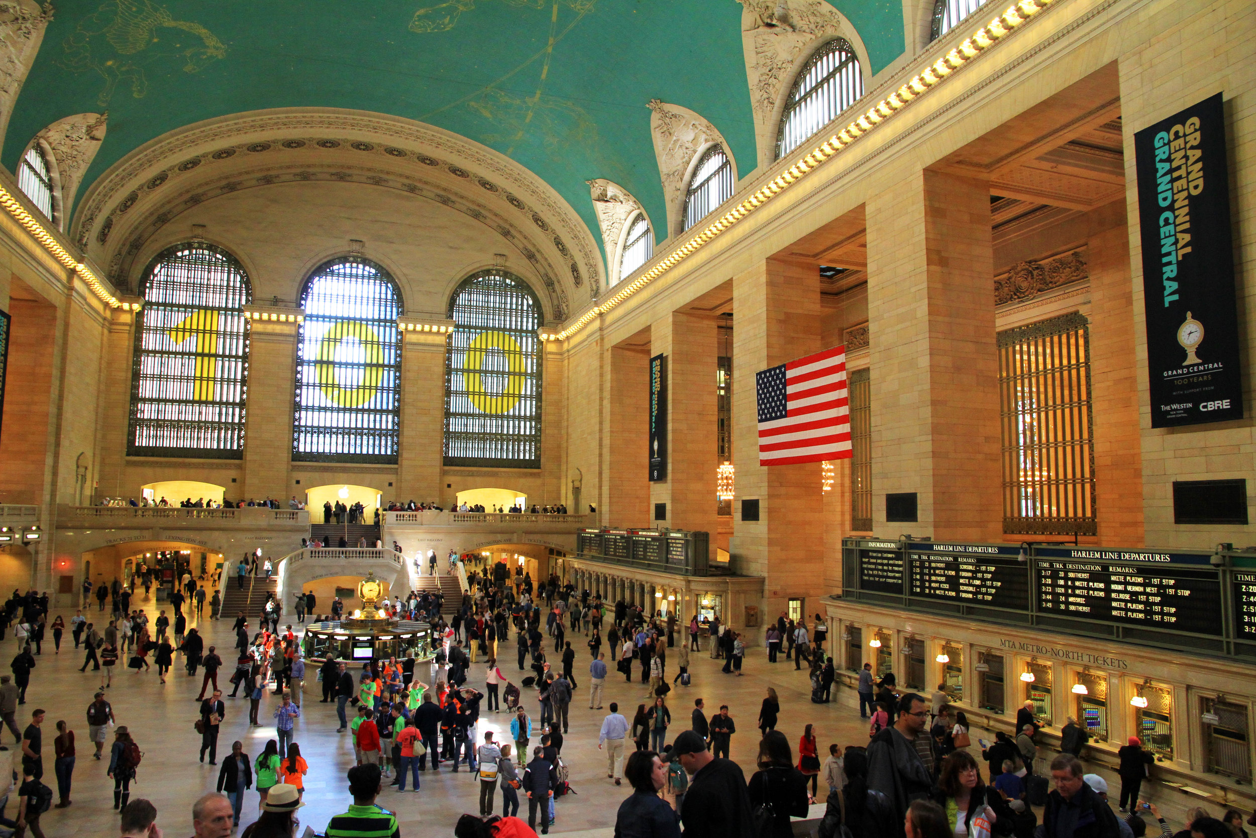 Grand Central Terminal (photo by  Ingfbruno , via Wikimedia Commons, CC BY-SA 3.0,