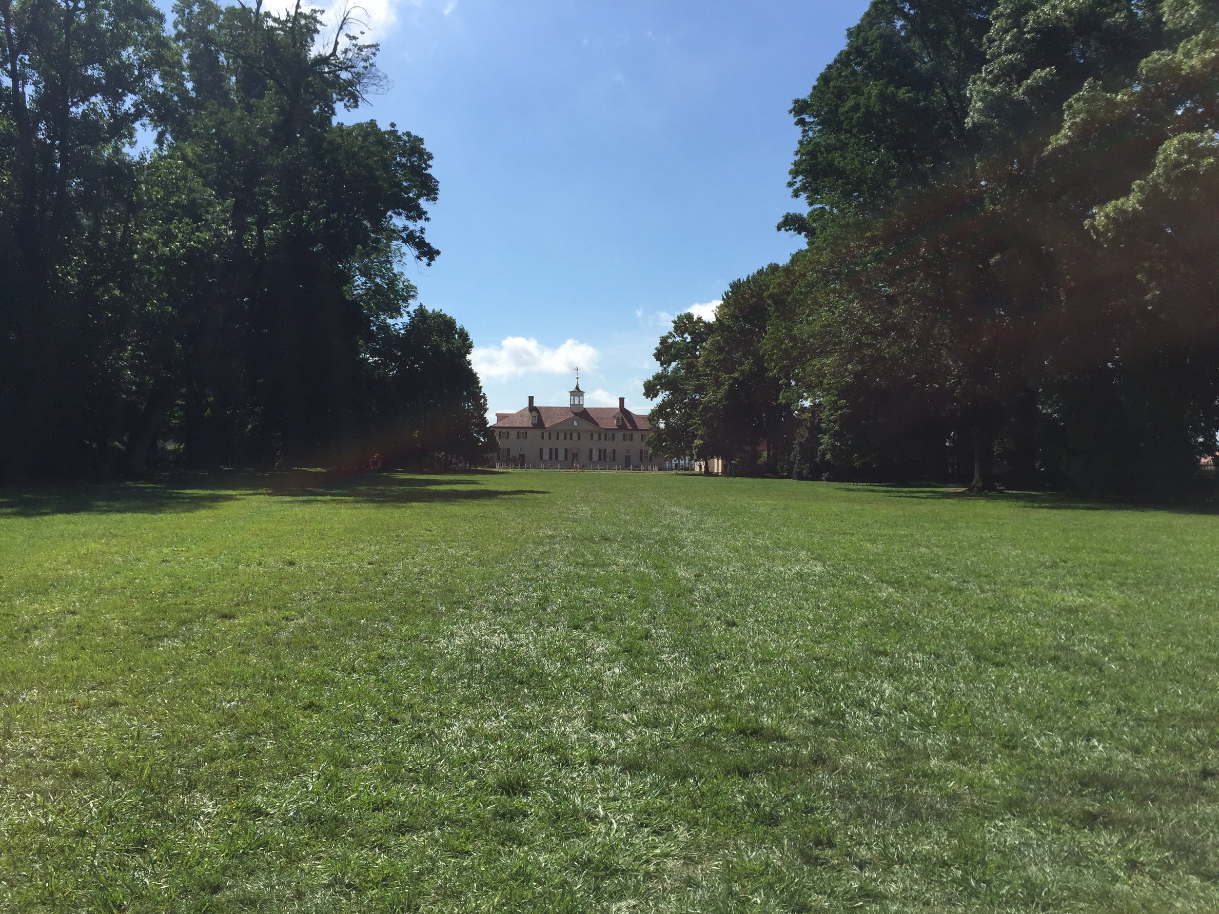 The massive front lawn at Mount Vernon.