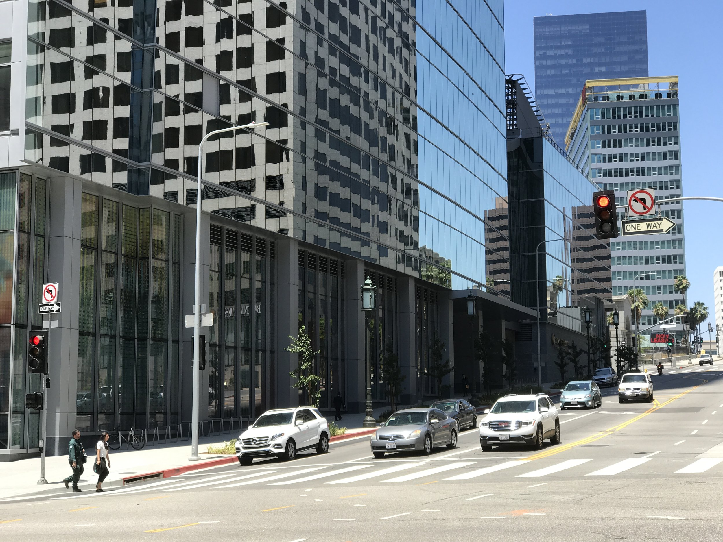 The Wilshire Boulevard facade at Wilshire Grand Center, similarly lacking in street level activity.