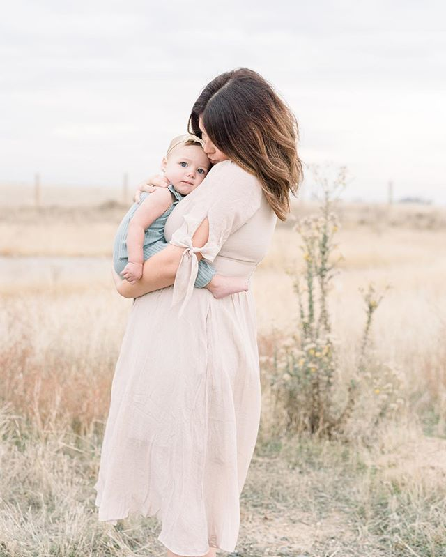 Motherhood is a million little moments that God weaves together with Grace, redemption, laughter, tears, and most of all love.  Love shooting mamas with their littles, especially when they're some of my best friends.