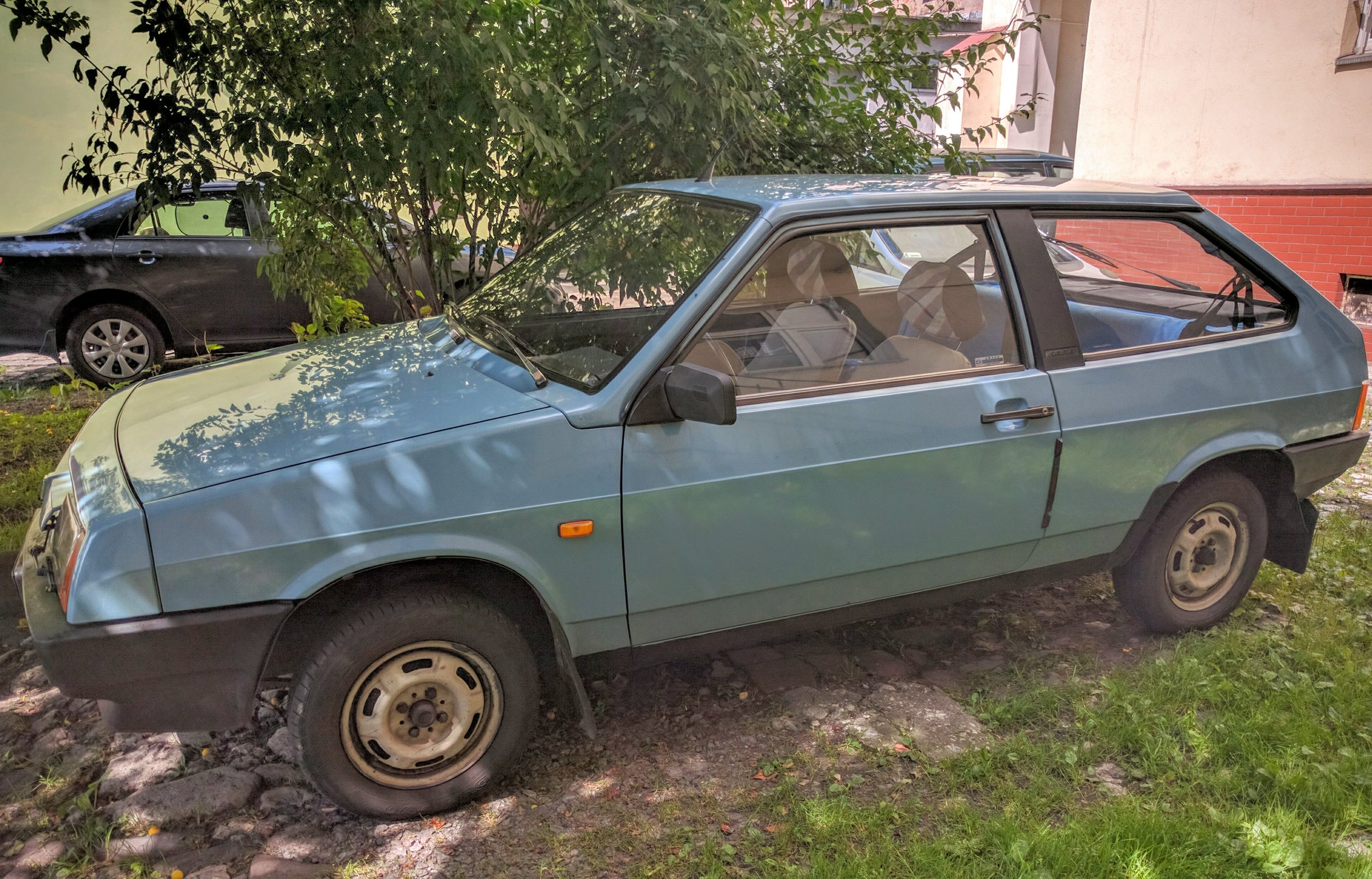 A Russian-made later model Lada in Krakow. Fun fact, when I was in Addis Ababa, pretty much every taxi in the city was an early-80's Lada... it was as if that's where the old ones went to die.