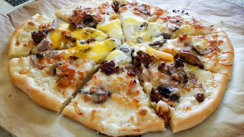 Homemade_Pizza_Phone-20160403-009.jpg