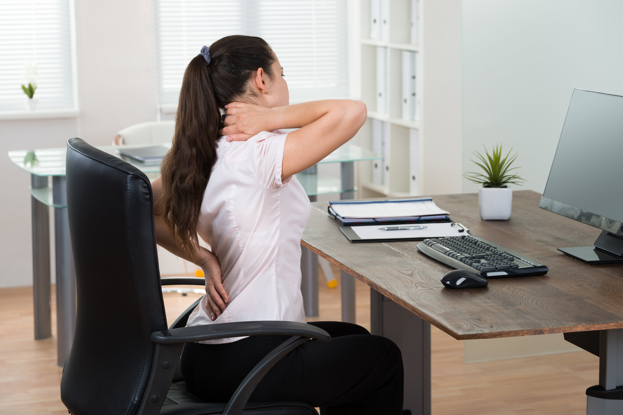 - We all spend hours interacting with our technology, both for work and for leisure, but the reality is that we rarely stop to think about the negative impacts of our posture and workstation set up until something starts to hurt.
