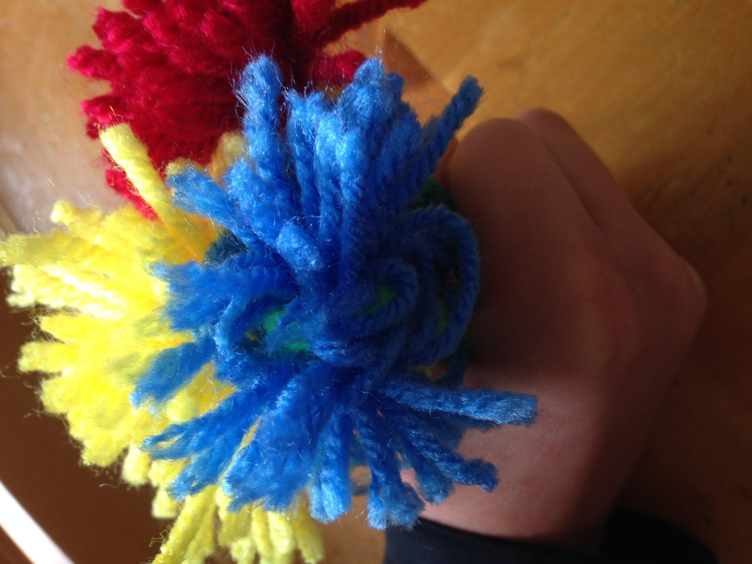 yarn flower.jpg
