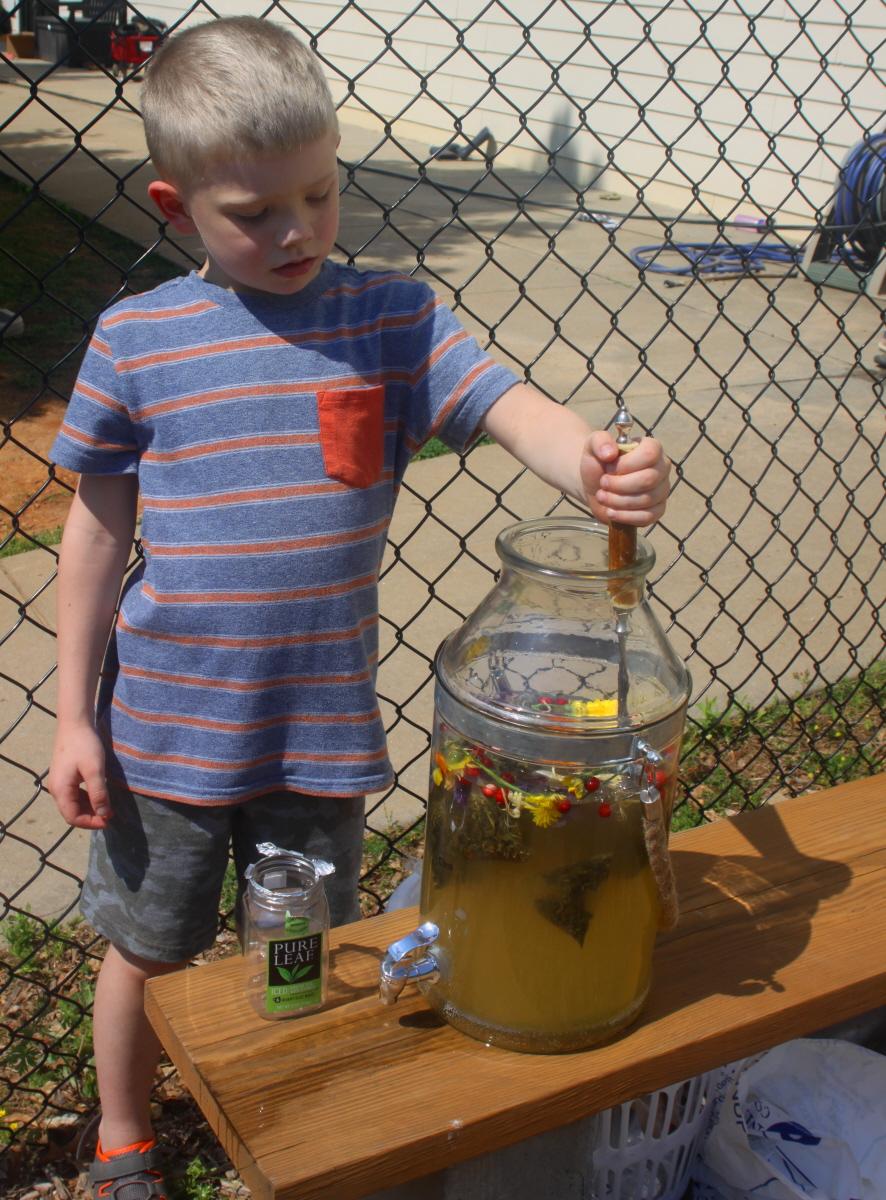 Stirring the sun tea email.jpg