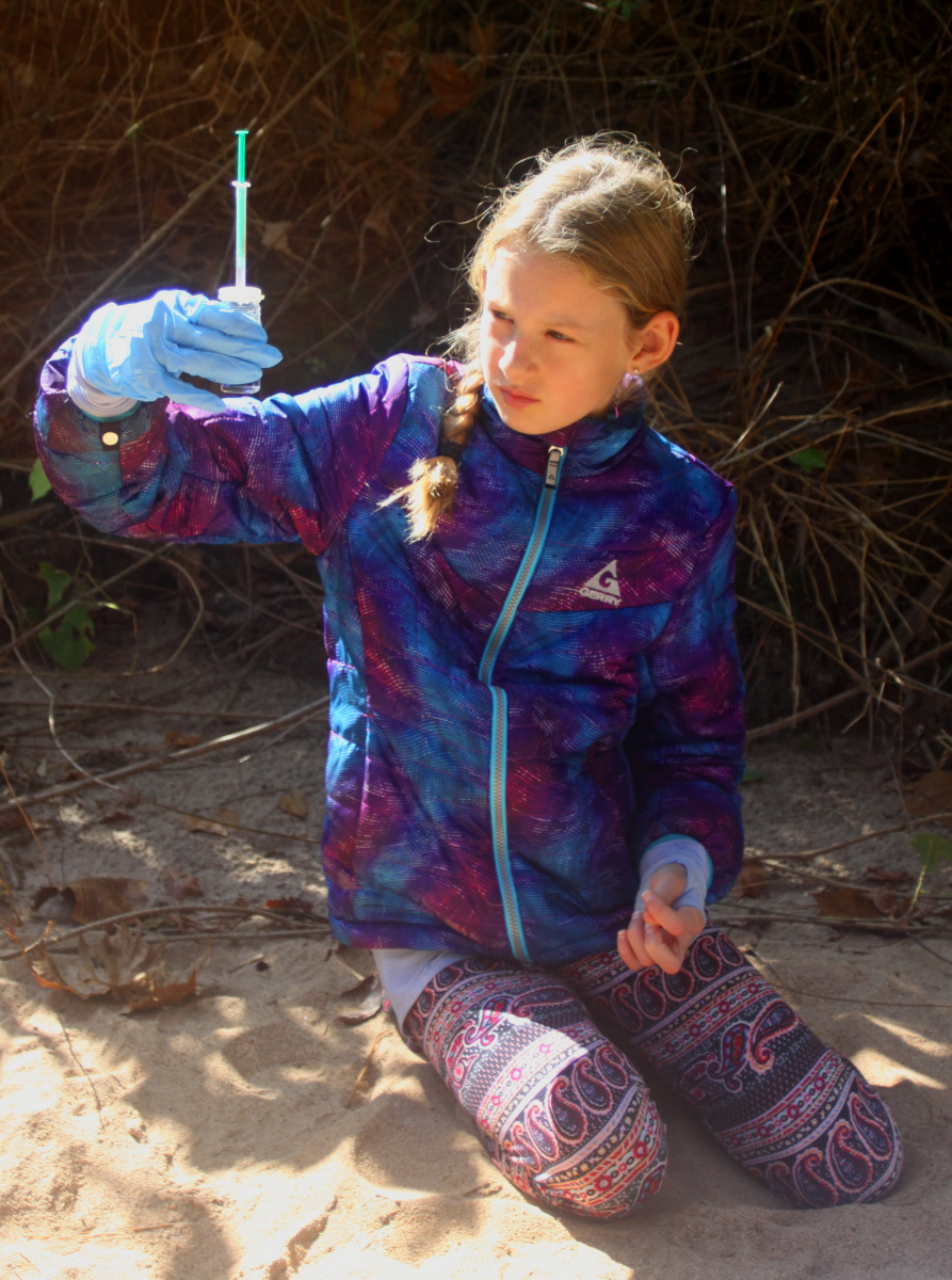Determining the dissolved oxygen level of Little Noonday Creek email.jpg