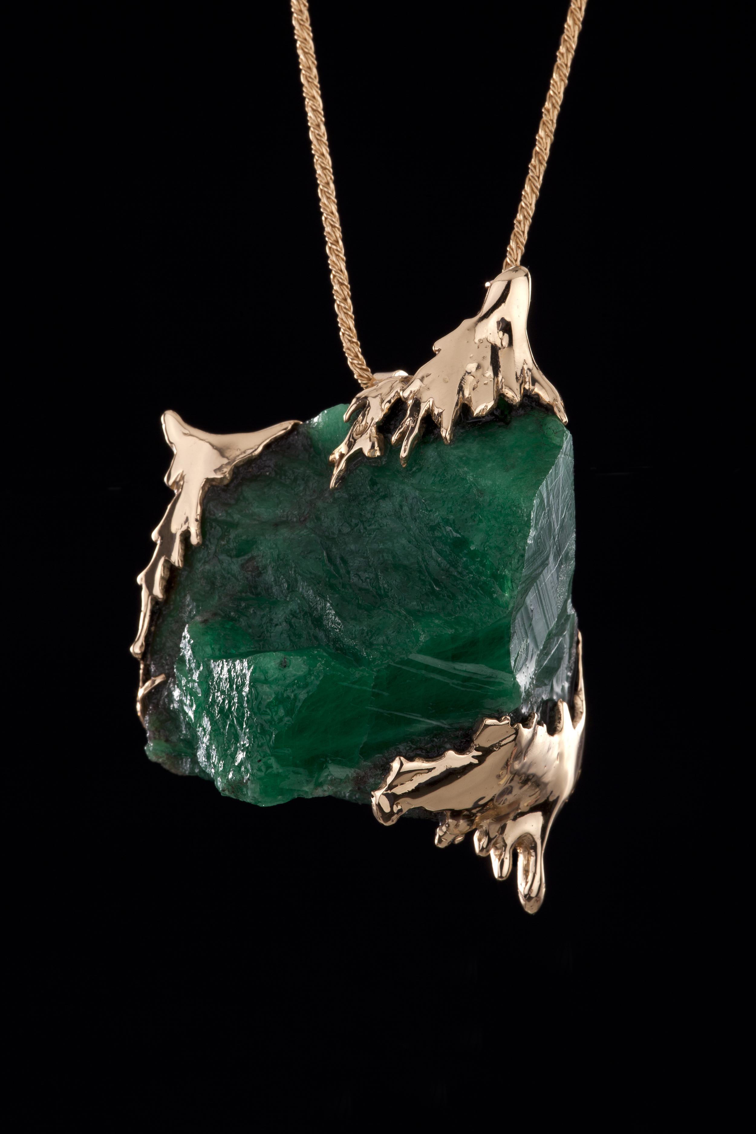 Yunnan emerald necklace