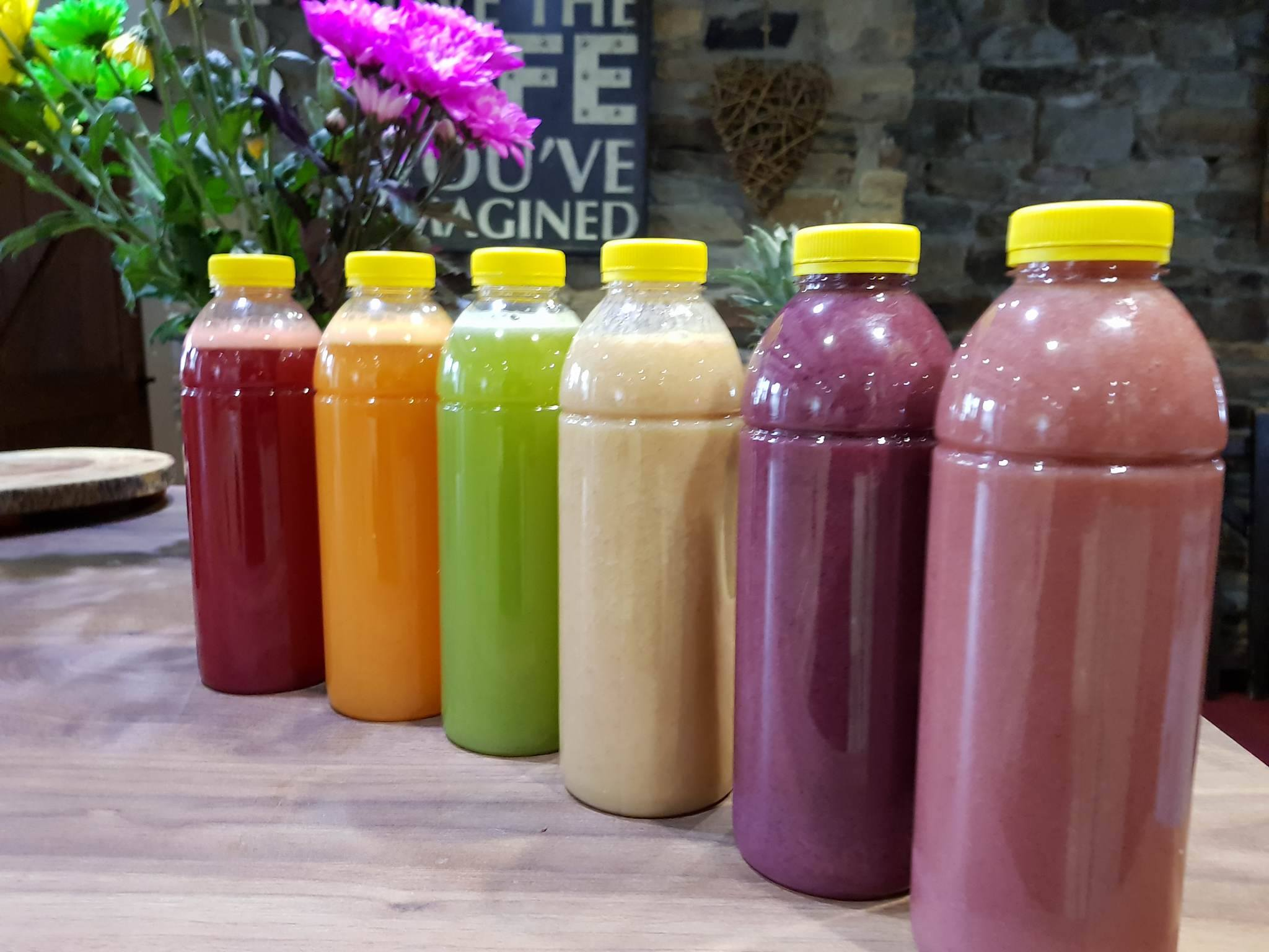 Bespoke Juice & Smoothie Plans - Weather you are a athlete looking for an extra boost. If you want a kick start to decreasing body fat levels or simple a boost in nutrients to feel reenergised, focused and ready to take on the day. Find out more about our juice plans…