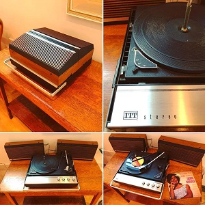 1970s Record Player.jpg