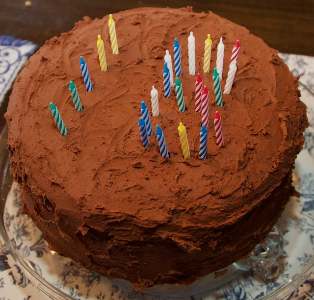 Devil's food cake  with  Fluffy chocolate frosting