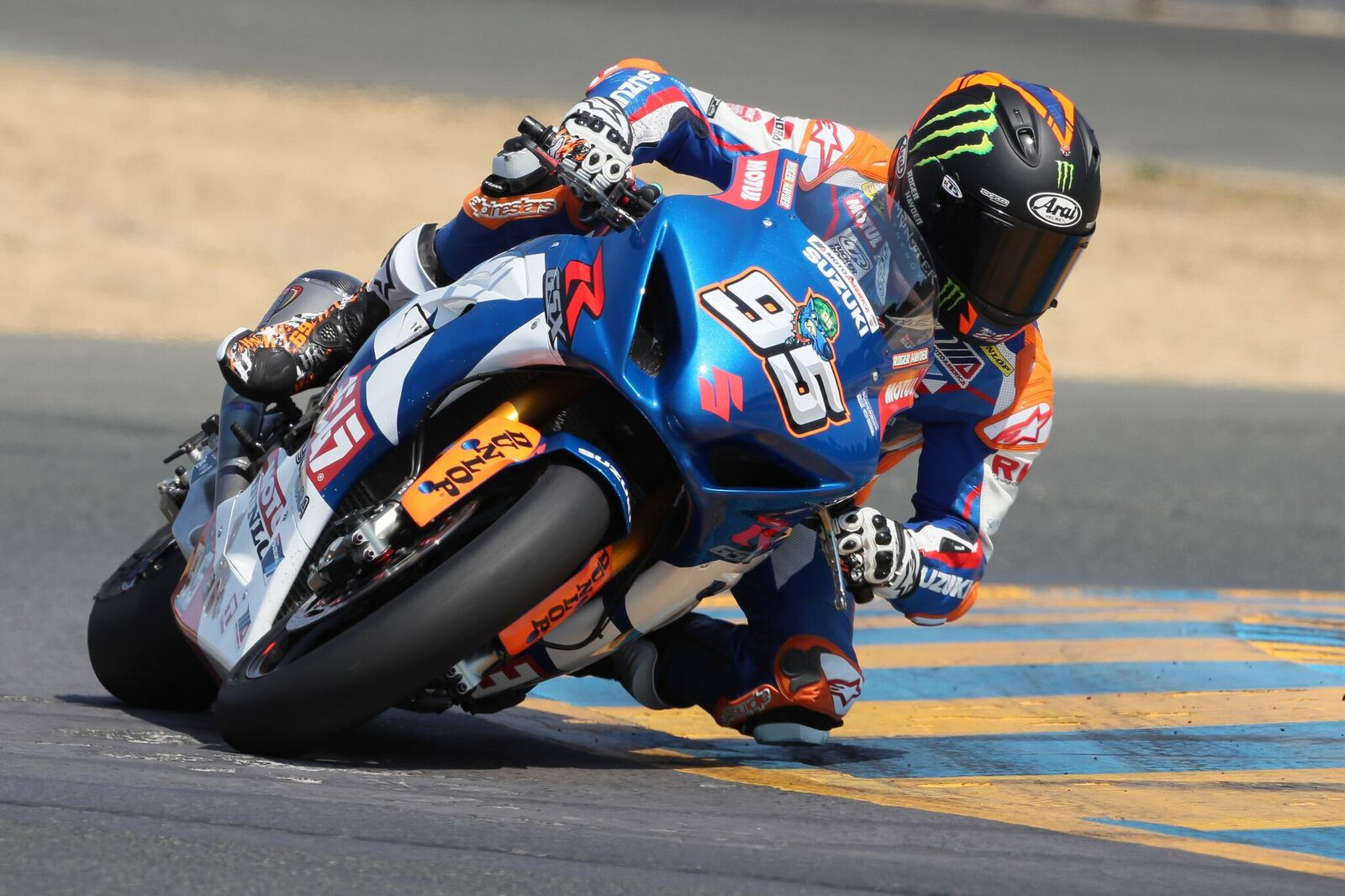 Fans graciously let Roger Hayden know just how much they thought of him in Sonoma, as the popular rider raced his final event at the Northern California circuit. (Brian J. Nelson photo)