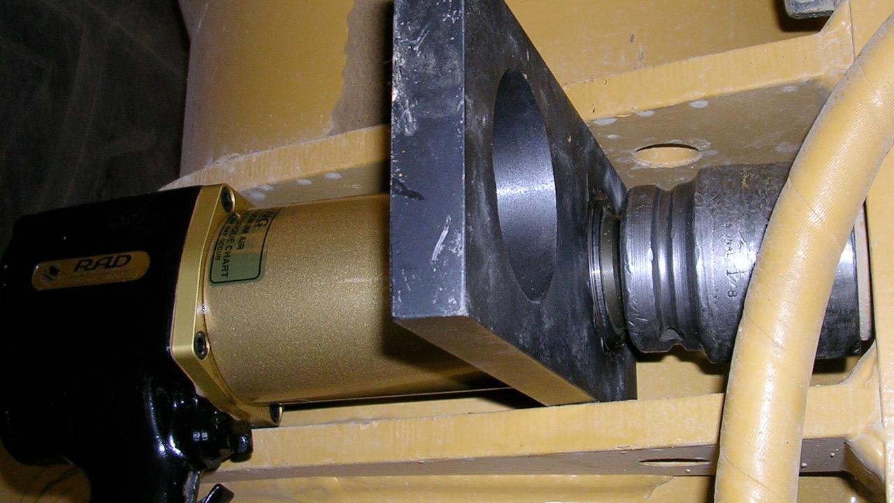 RAD-25GX-Cat.-Front-Strut-Bolts