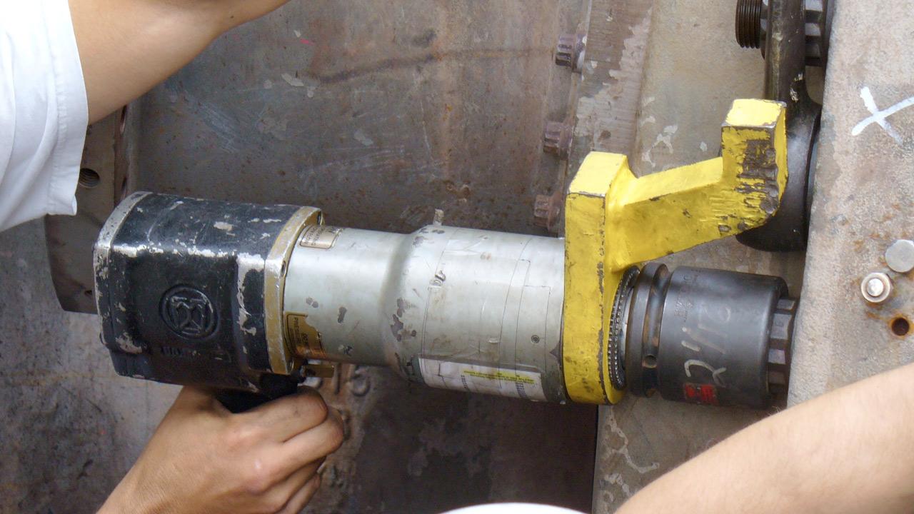RAD-50-Vertical-Turbine-Bolts