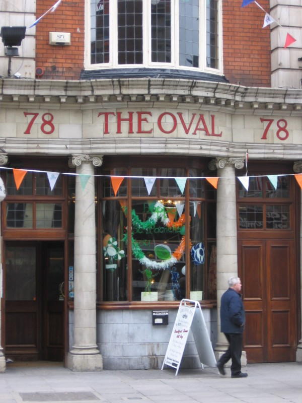 The Oval Pub, which remains today and serves good Irish stew.