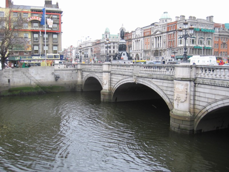 o_connell bridge.jpg