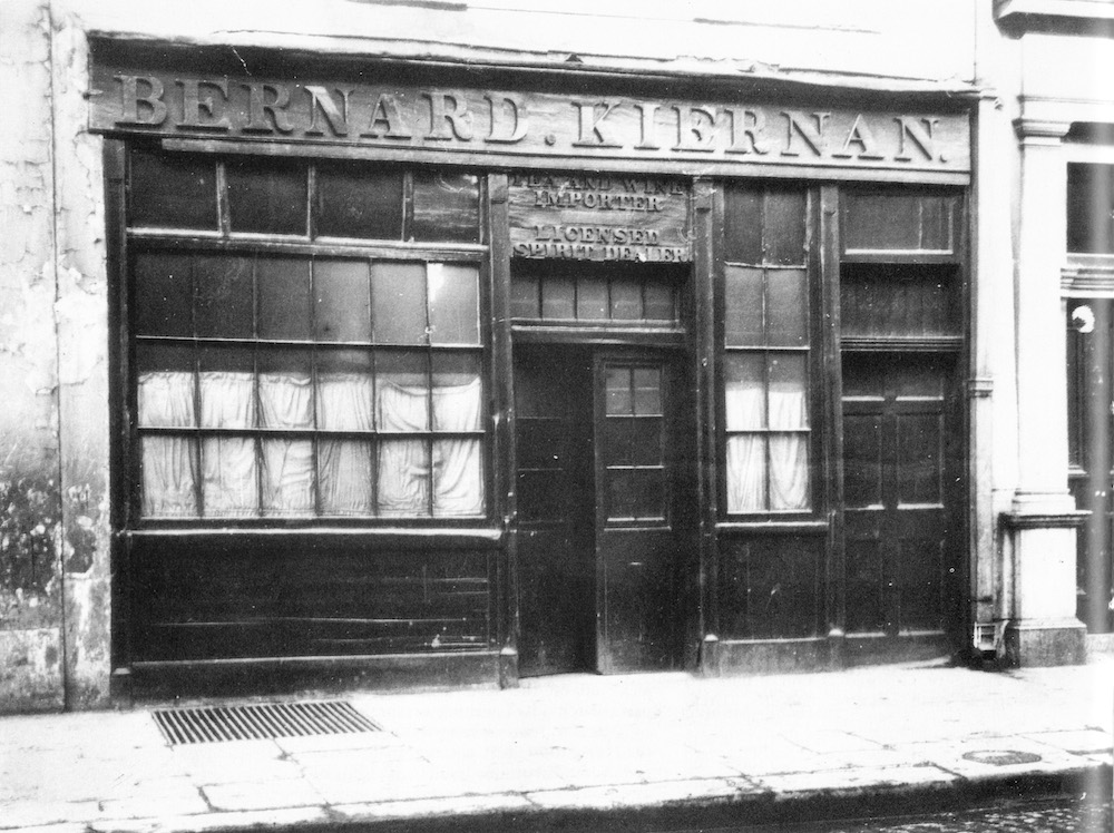 Photograph of Bernard Kiernan's public house, date unknown. Reproduced in David Pierce,  James Joyce's Ireland  (Yale UP, 1992), courtesy of the University of Southern Illinois Library.